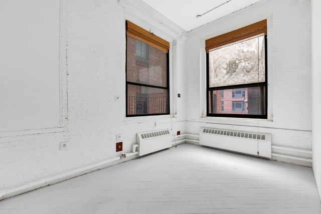 1 Bedroom, DUMBO Rental in NYC for $3,495 - Photo 2