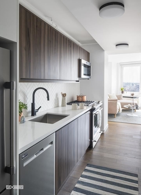 Studio, Greenpoint Rental in NYC for $2,568 - Photo 2