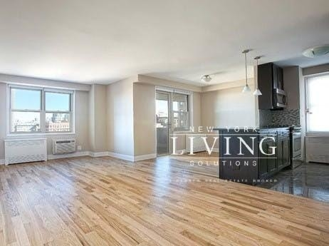 2 Bedrooms, Tribeca Rental in NYC for $5,200 - Photo 1