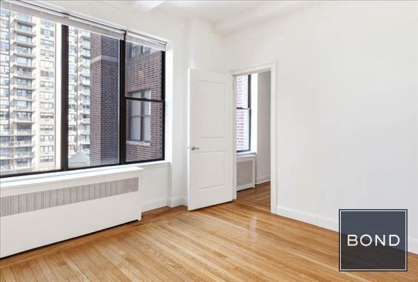 Studio, Lincoln Square Rental in NYC for $2,603 - Photo 2