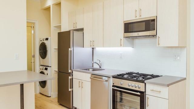 2 Bedrooms, Bushwick Rental in NYC for $2,865 - Photo 1