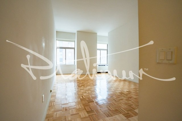 1 Bedroom, Financial District Rental in NYC for $3,184 - Photo 2