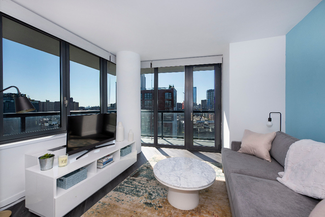 3 Bedrooms, Alphabet City Rental in NYC for $7,380 - Photo 1