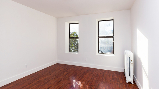 3 Bedrooms, Kensington Rental in NYC for $2,599 - Photo 2