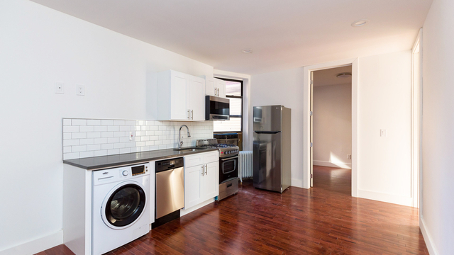 3 Bedrooms, Kensington Rental in NYC for $2,599 - Photo 1