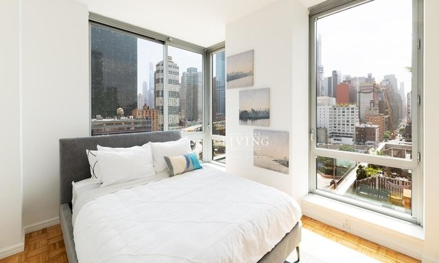 1 Bedroom, Hell's Kitchen Rental in NYC for $3,577 - Photo 1