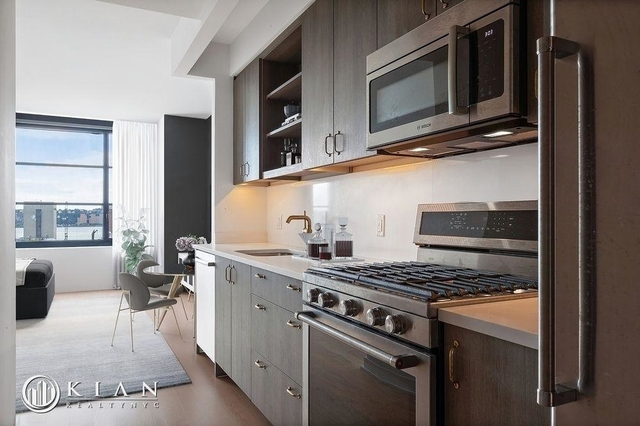 Studio, Hell's Kitchen Rental in NYC for $3,167 - Photo 1