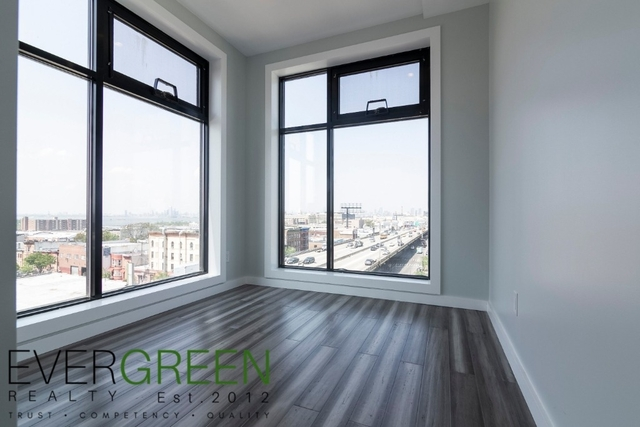 2 Bedrooms, Sunset Park Rental in NYC for $2,475 - Photo 2