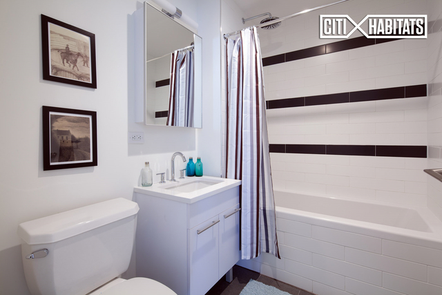2 Bedrooms, Williamsburg Rental in NYC for $4,622 - Photo 2