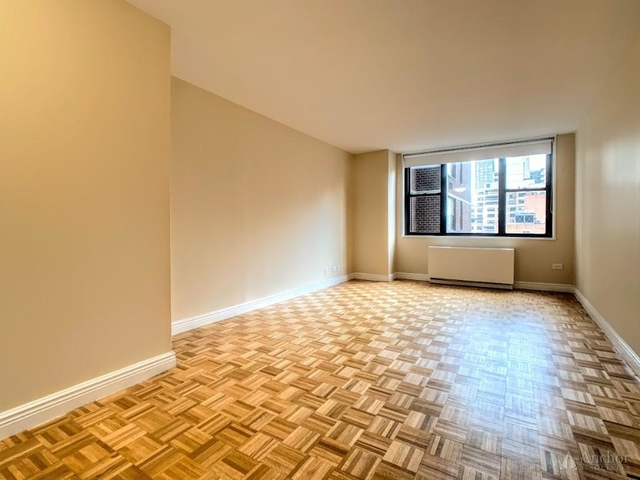 1 Bedroom, Yorkville Rental in NYC for $3,375 - Photo 1