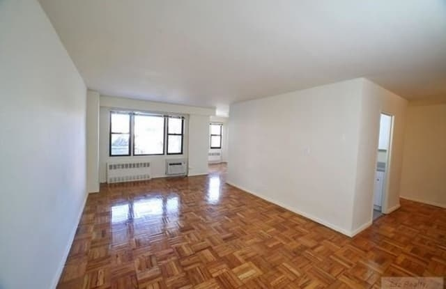 2 Bedrooms, Gravesend Rental in NYC for $2,195 - Photo 1