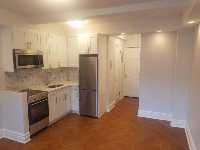 Studio, Theater District Rental in NYC for $2,510 - Photo 2
