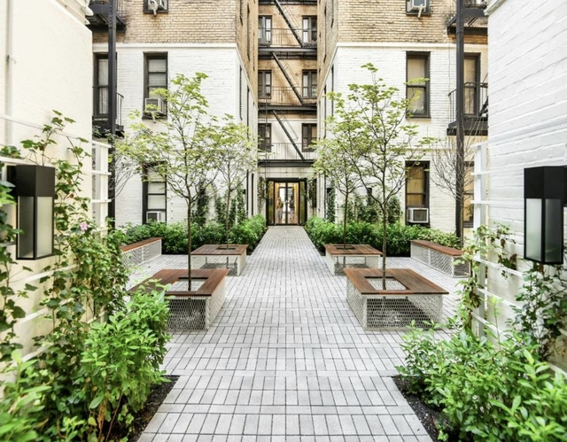 Studio, Chelsea Rental in NYC for $3,160 - Photo 2