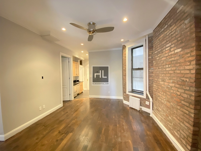 3 Bedrooms, NoLita Rental in NYC for $6,228 - Photo 2