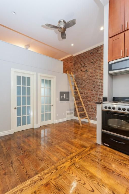 3 Bedrooms, West Village Rental in NYC for $5,553 - Photo 2