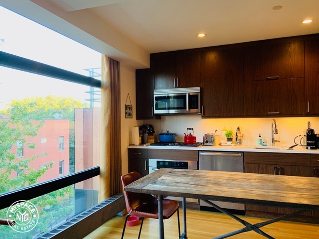 2 Bedrooms, Williamsburg Rental in NYC for $5,200 - Photo 2