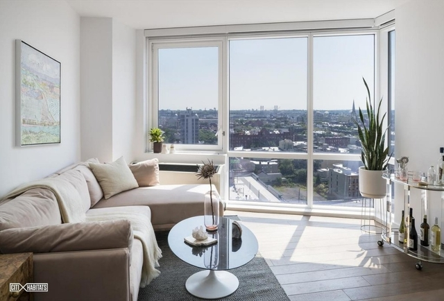 1 Bedroom, Greenpoint Rental in NYC for $3,549 - Photo 2