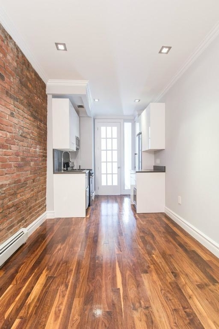 2 Bedrooms, Little Italy Rental in NYC for $3,950 - Photo 2