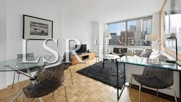 1 Bedroom, Battery Park City Rental in NYC for $4,011 - Photo 1