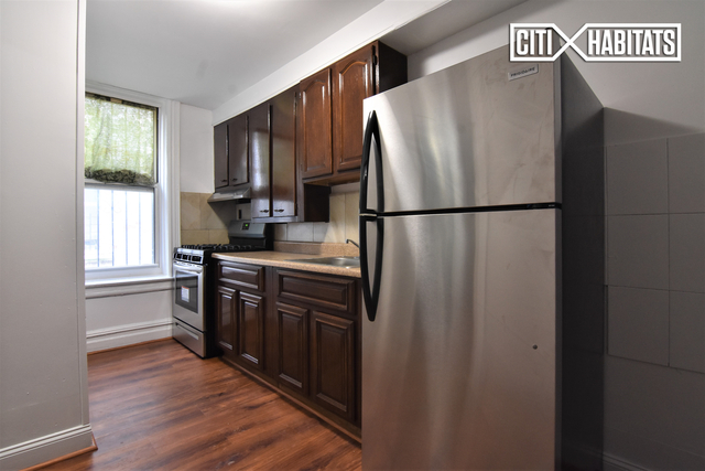 3 Bedrooms, Kensington Rental in NYC for $3,800 - Photo 1