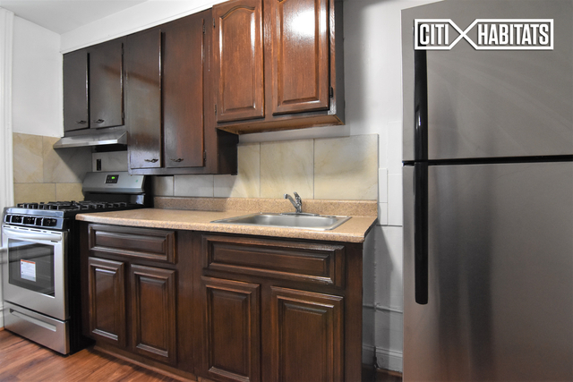 3 Bedrooms, Kensington Rental in NYC for $3,800 - Photo 2