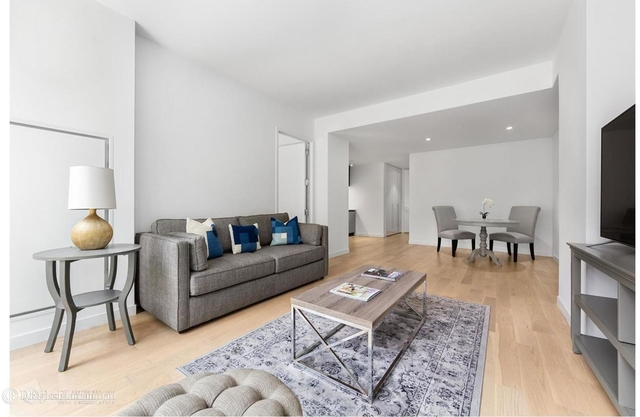 2 Bedrooms, Hell's Kitchen Rental in NYC for $4,583 - Photo 1