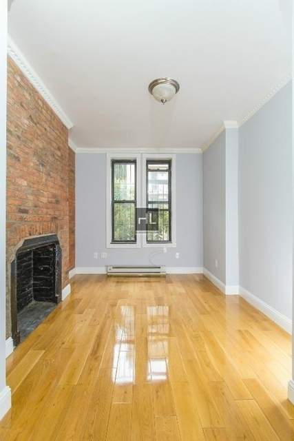 2 Bedrooms, Alphabet City Rental in NYC for $4,335 - Photo 2