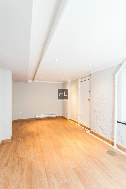 2 Bedrooms, West Village Rental in NYC for $4,425 - Photo 2