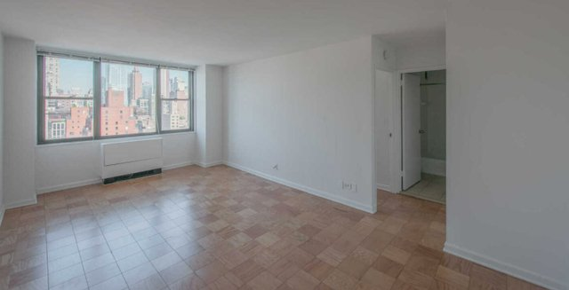 3 Bedrooms, Rose Hill Rental in NYC for $6,827 - Photo 1