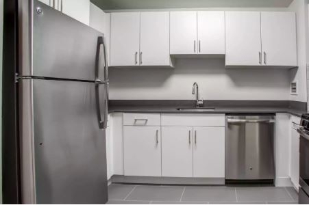 Studio, Hell's Kitchen Rental in NYC for $3,037 - Photo 2