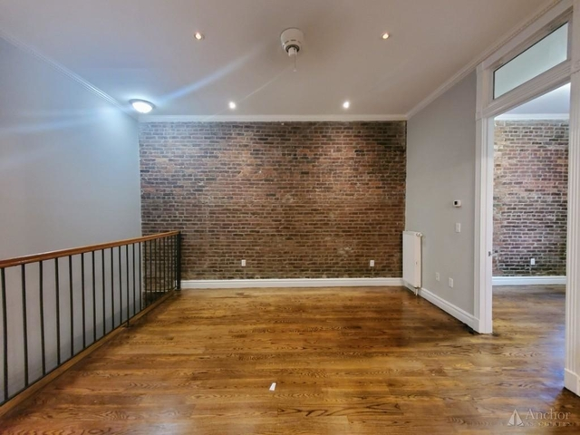 3 Bedrooms, East Village Rental in NYC for $6,456 - Photo 1