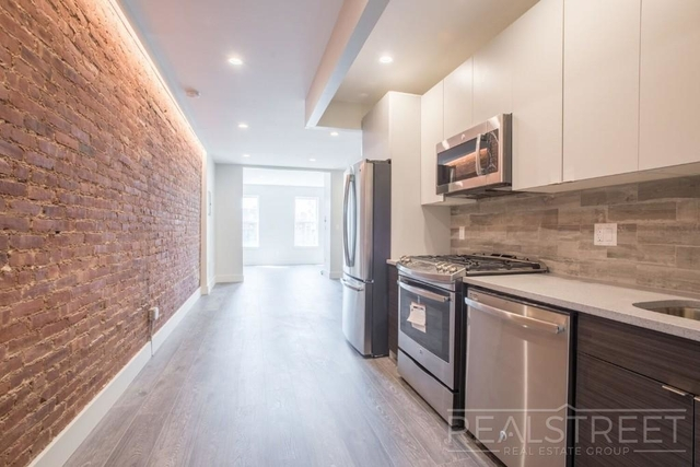 2 Bedrooms, Cobble Hill Rental in NYC for $3,139 - Photo 1