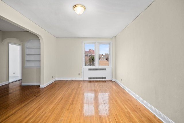 2 Bedrooms, Central Riverdale Rental in NYC for $2,600 - Photo 2
