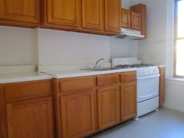 1 Bedroom, Inwood Rental in NYC for $1,775 - Photo 2