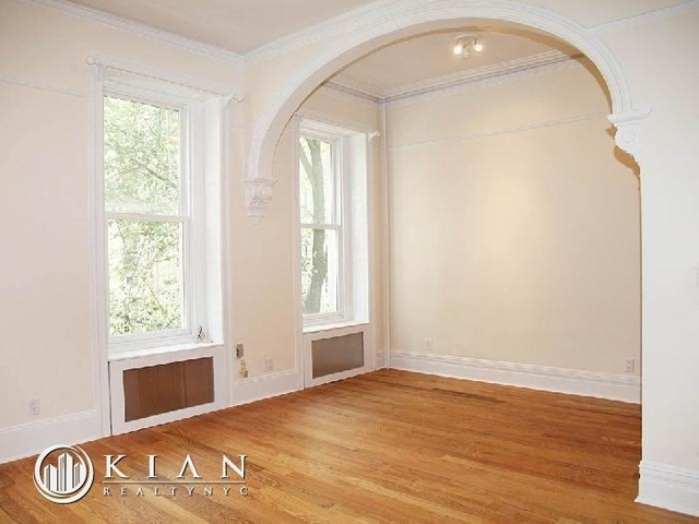 Studio, Lenox Hill Rental in NYC for $2,700 - Photo 1