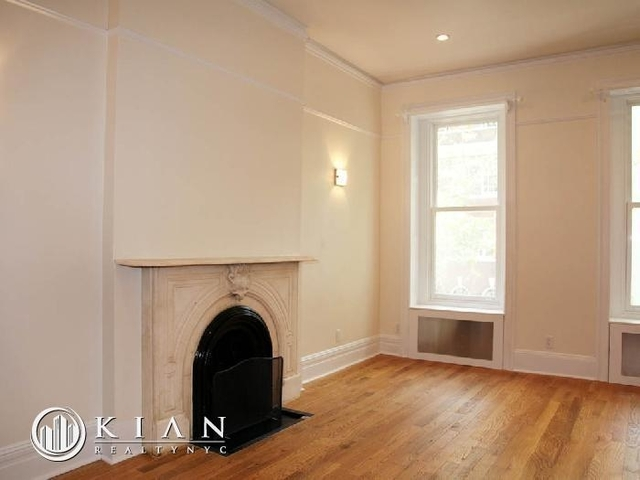 Studio, Lenox Hill Rental in NYC for $2,700 - Photo 2