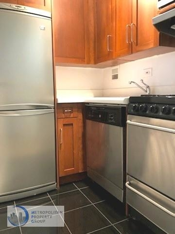 Studio, Yorkville Rental in NYC for $2,300 - Photo 2