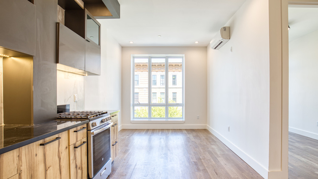 1 Bedroom, Crown Heights Rental in NYC for $2,490 - Photo 2