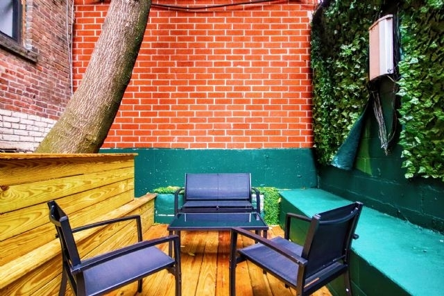 2 Bedrooms, Alphabet City Rental in NYC for $4,100 - Photo 2
