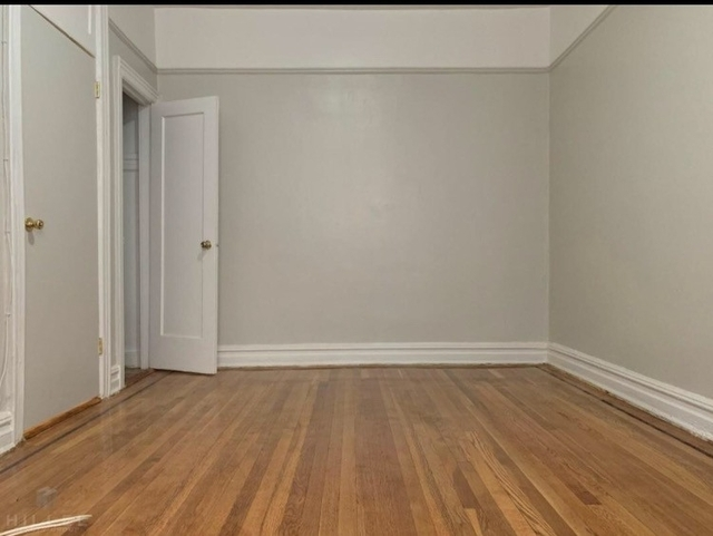 1 Bedroom, Ridgewood Rental in NYC for $1,800 - Photo 2