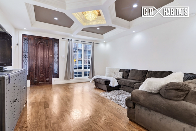 3 Bedrooms, Forest Hills Rental in NYC for $4,500 - Photo 1