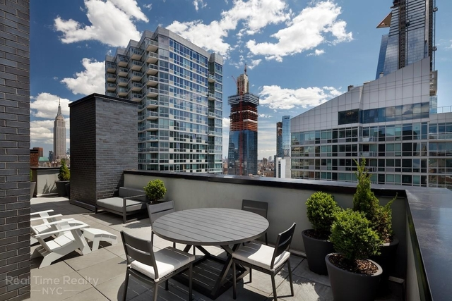 Studio, Hell's Kitchen Rental in NYC for $3,470 - Photo 2