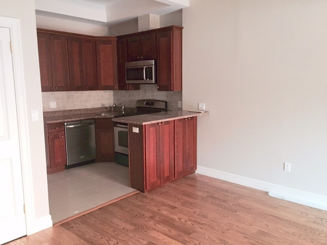 1 Bedroom, Greenpoint Rental in NYC for $2,650 - Photo 2