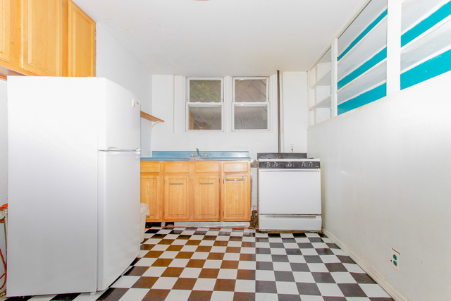 3 Bedrooms, East Williamsburg Rental in NYC for $2,587 - Photo 1