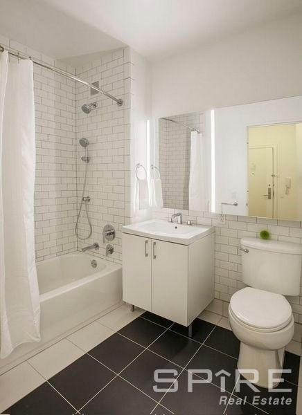 2 Bedrooms, Financial District Rental in NYC for $4,596 - Photo 2