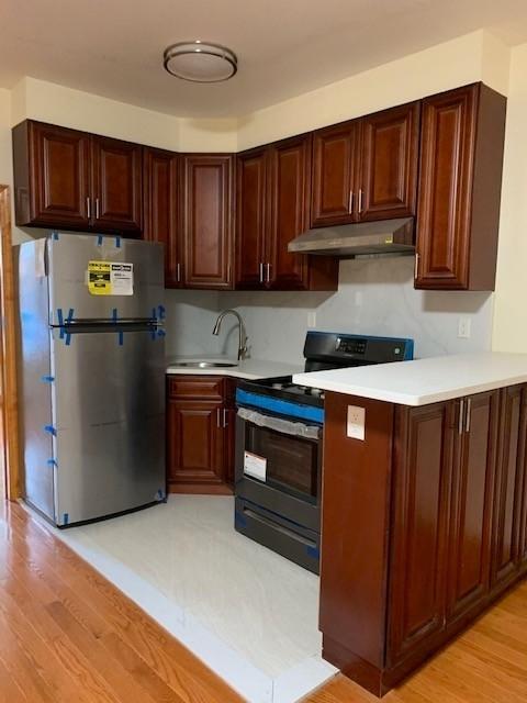 3 Bedrooms, Sunset Park Rental in NYC for $2,495 - Photo 1