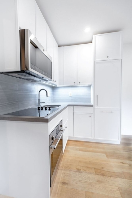 2 Bedrooms, West Village Rental in NYC for $5,130 - Photo 2