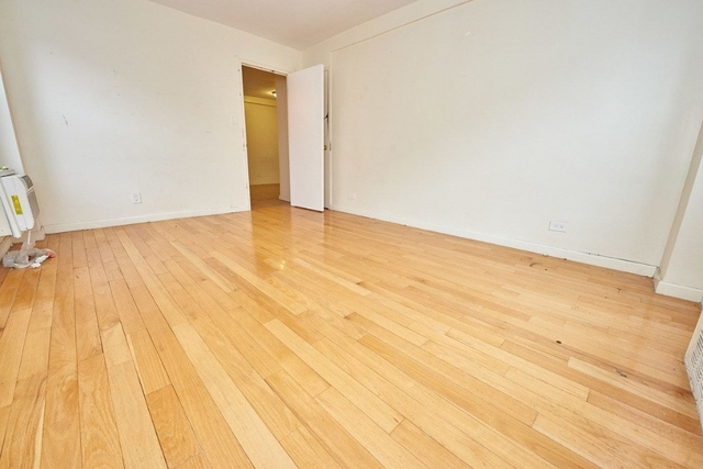 2 Bedrooms, Chinatown Rental in NYC for $4,000 - Photo 2