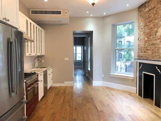 3 Bedrooms, Crown Heights Rental in NYC for $6,800 - Photo 2