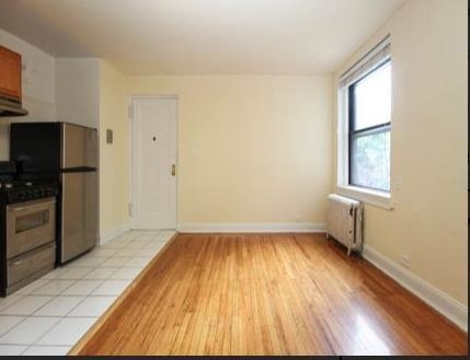 1 Bedroom, Sunnyside Rental in NYC for $2,000 - Photo 2